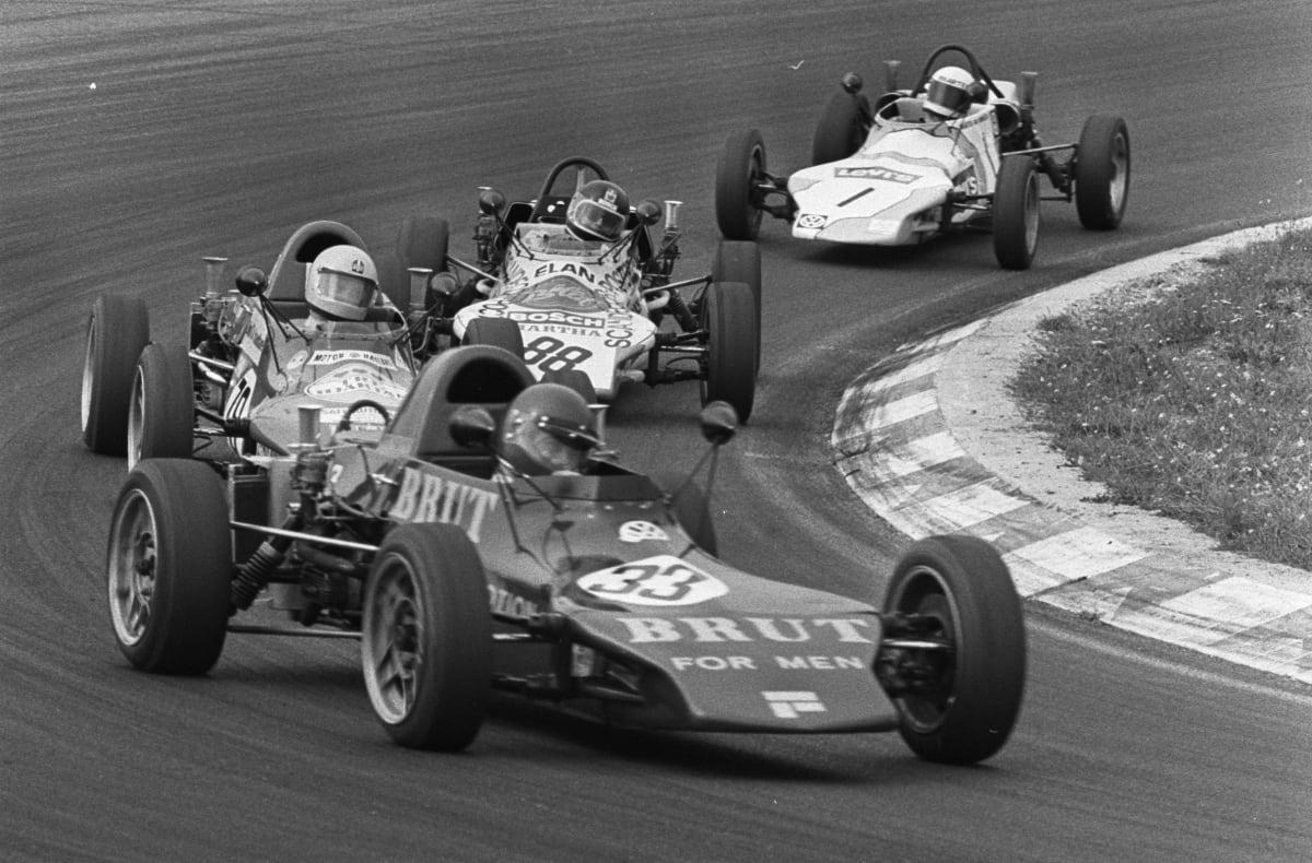 Super Vee racing in 1975 – Leo Steenbergen, winner Calle Jonsson, No. 88 Karl Anton and Maarten van Ginneken (photo by Bert Verhoeff/Anefo, courtesy Wikimedia Commons)