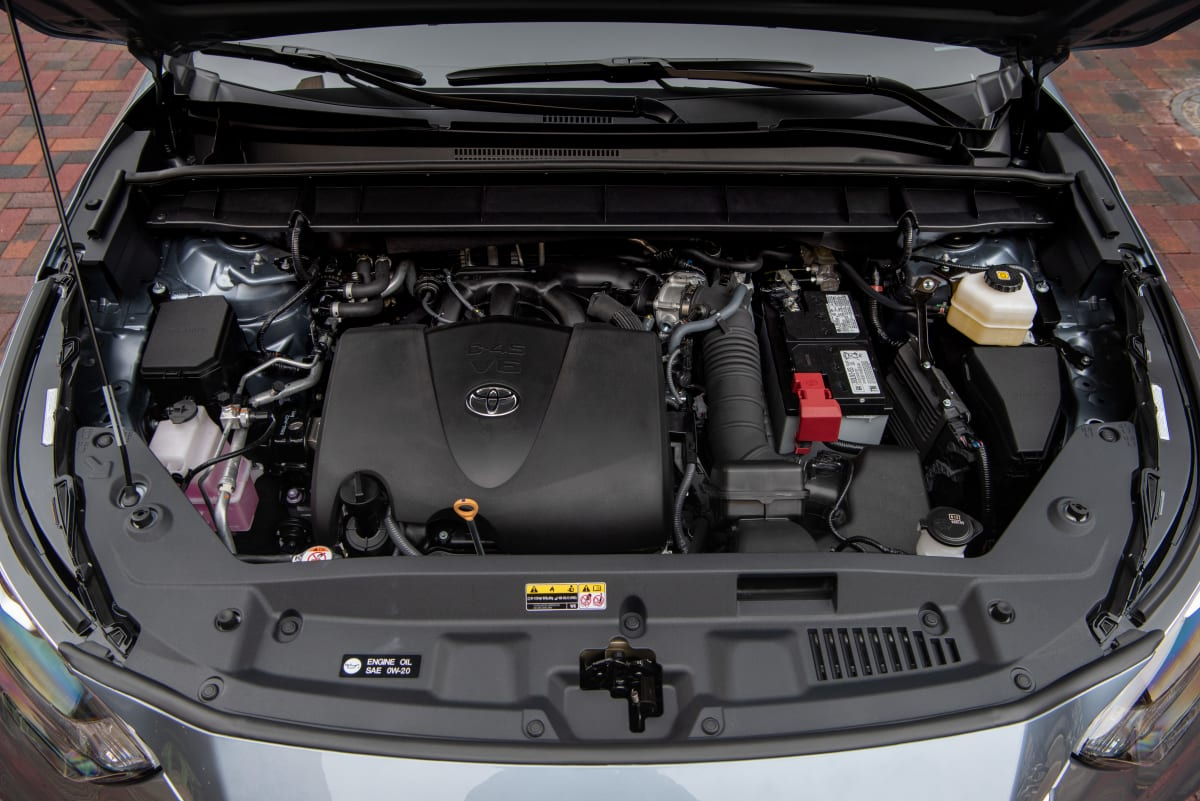 2020 Toyota Highlander Platinum V6 AWD engine