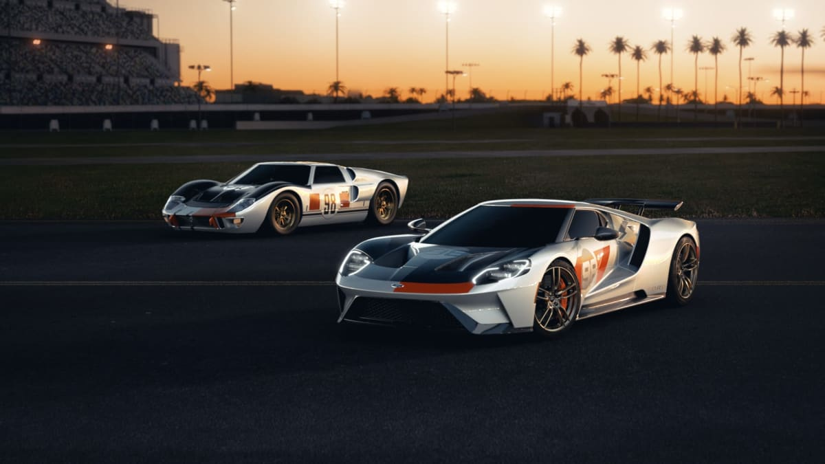 2021 Ford GT Heritage Edition takes inspiration from the 1966 Daytona 24 Hour Continental-winning GT40 MK II.
