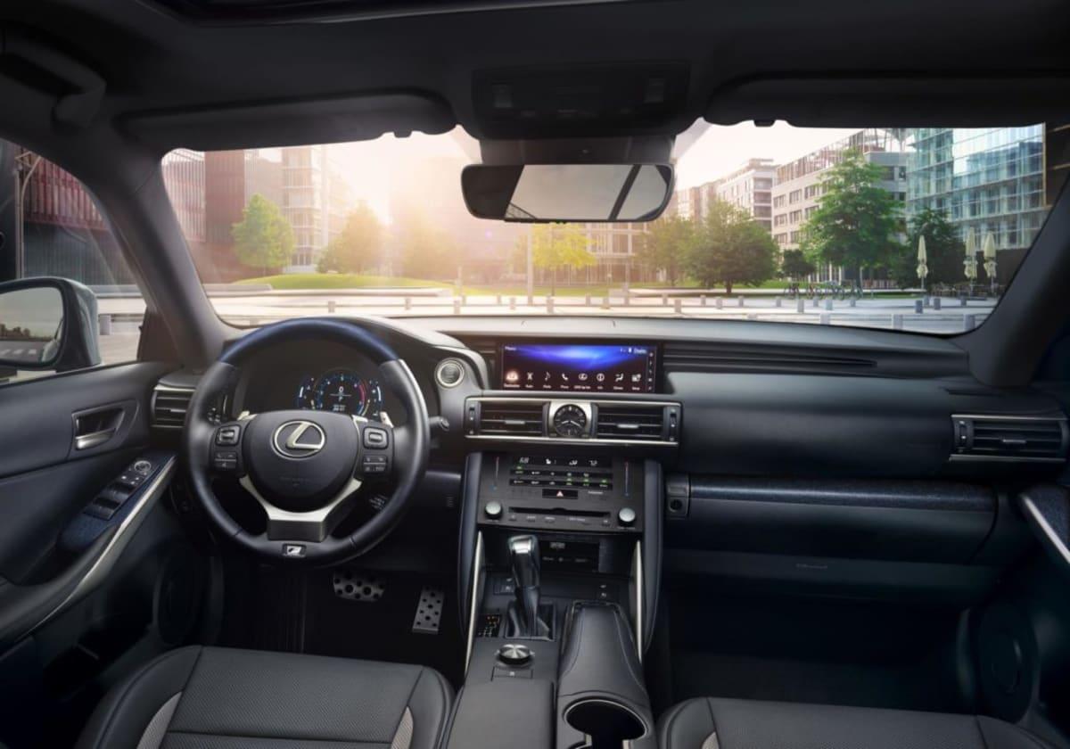 Lexus IS F SPORT BLACKLINE
