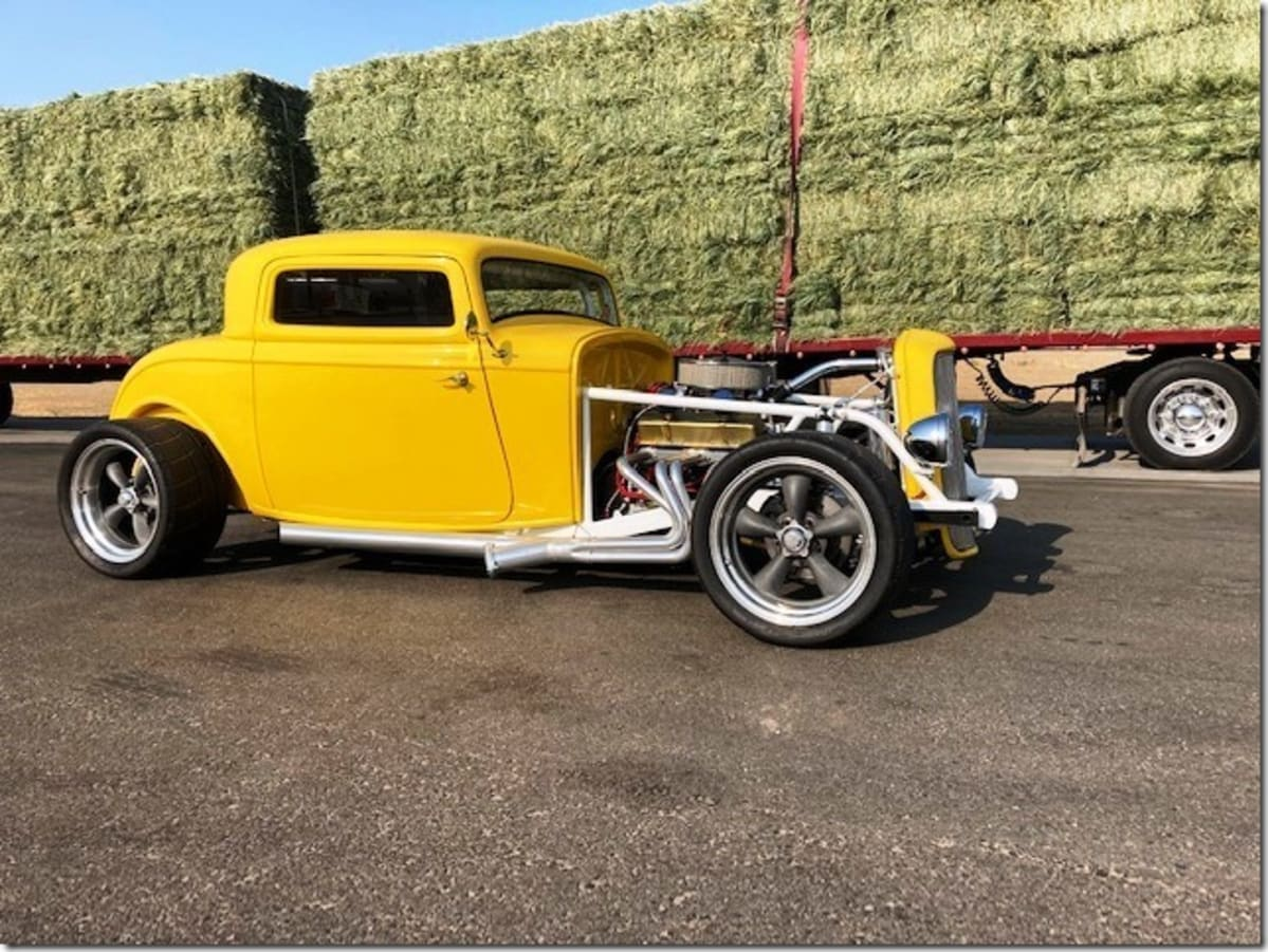 Classic SoCal hot rod style