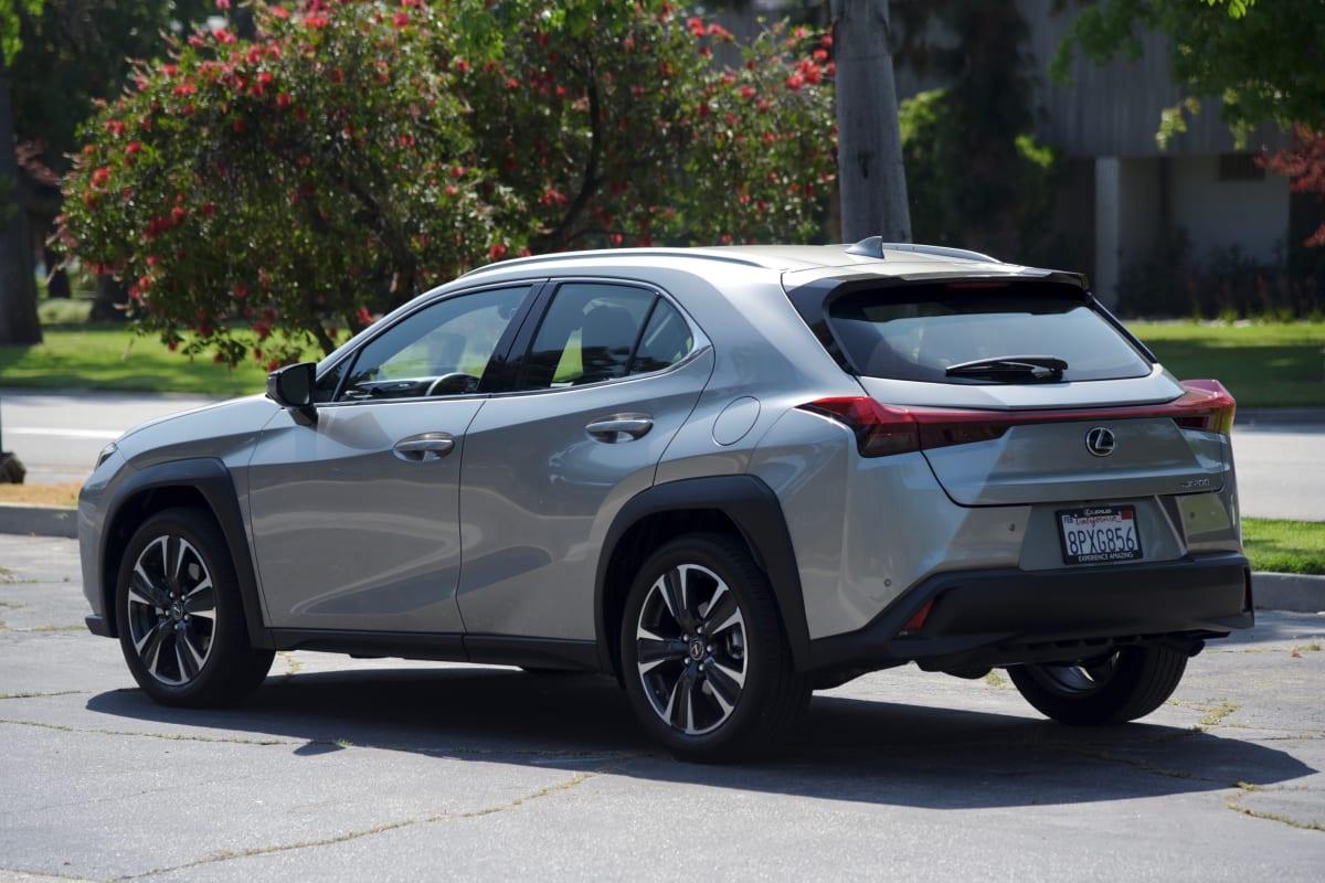 Lexus UX 200 exterior