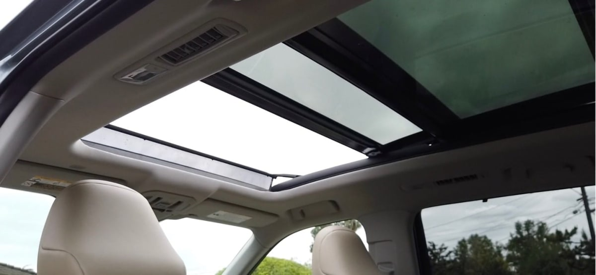 2020 Toyota Highlander Platinum V6 AWD roof