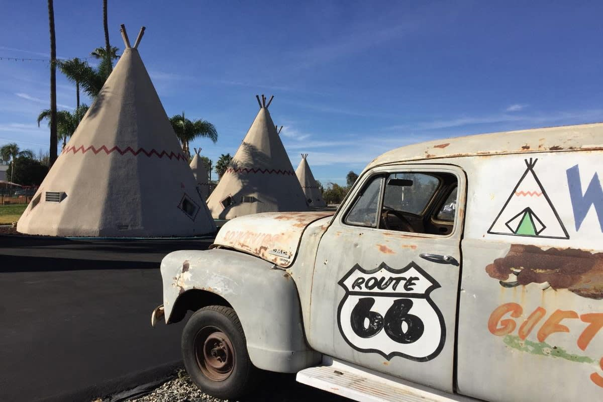 The Wigwam Motel in Rialto, off of Route 66 (photograph by R. Nakano)