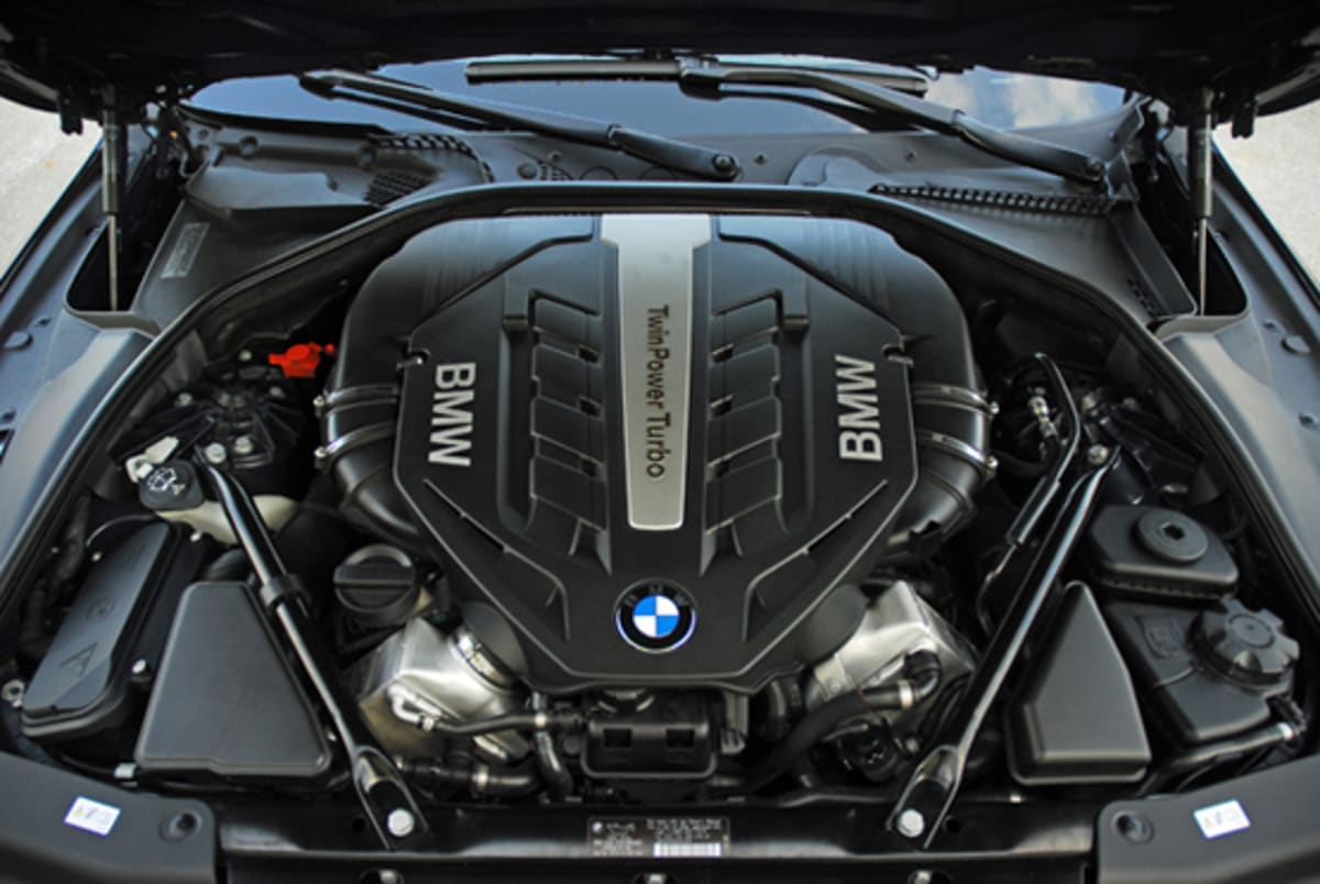 1-2012 BMW 650i Convertible V8 Engine Done Small