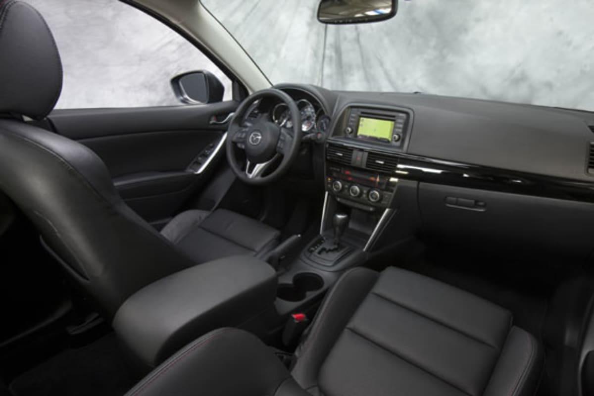 1-2013_Mazda_CX-5_interior