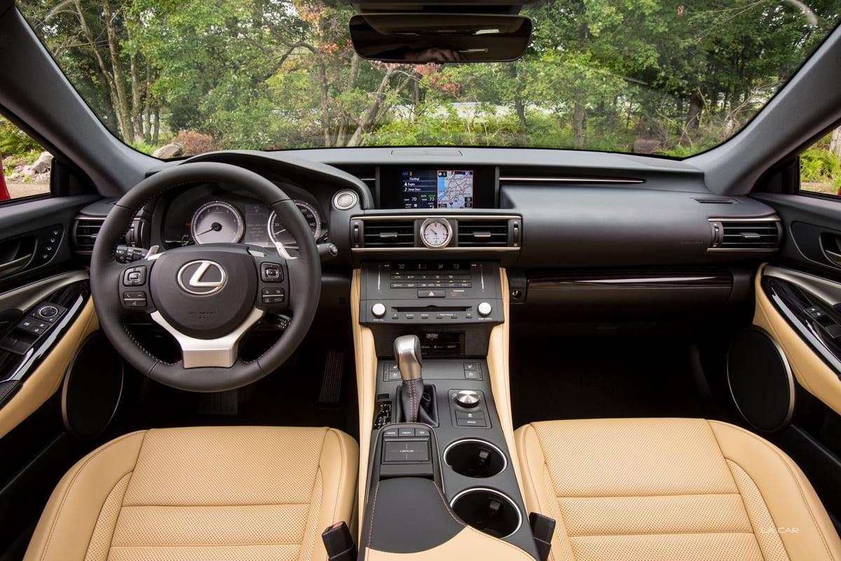 2015_Lexus_RC_350_001