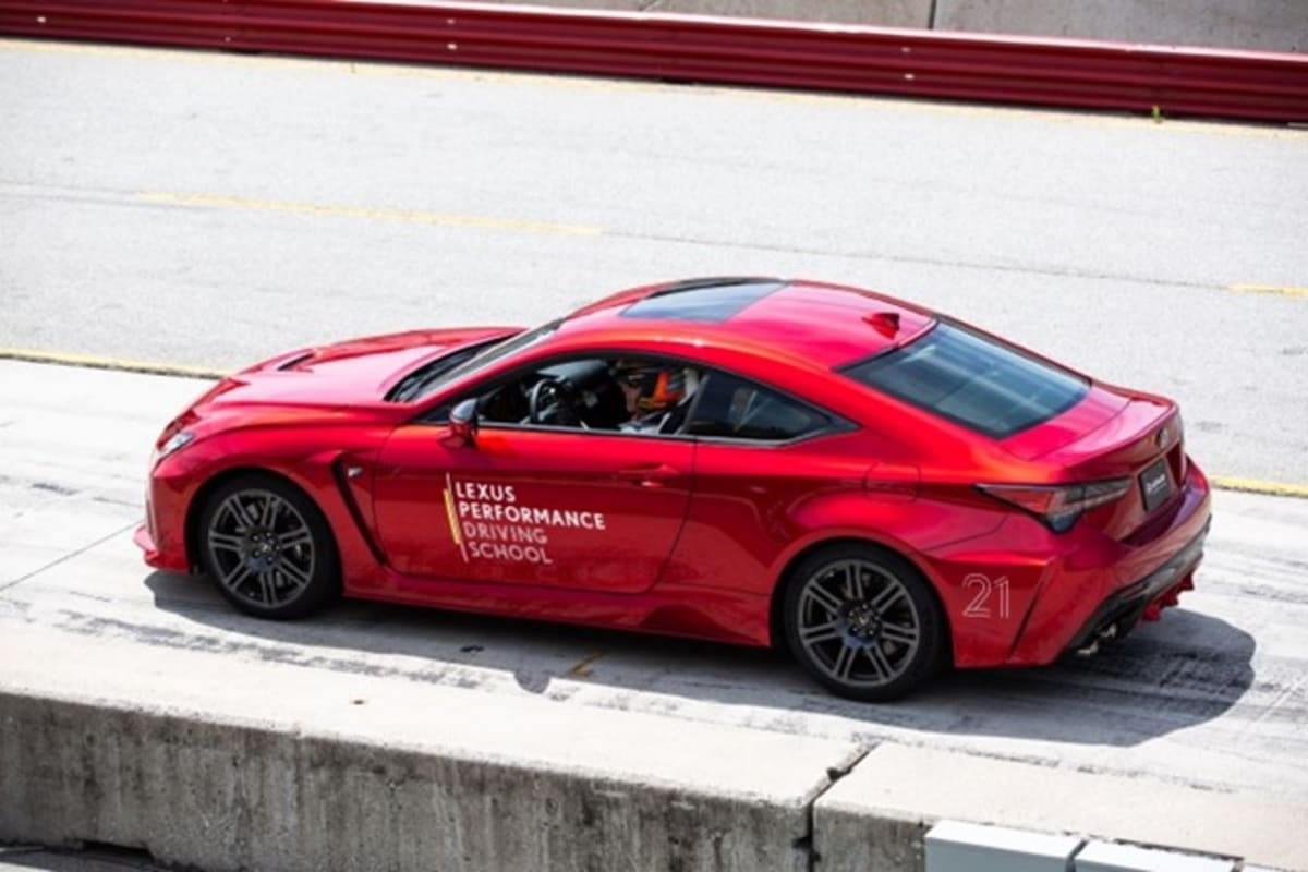 lexus-driving-school-red-lecus-on-track