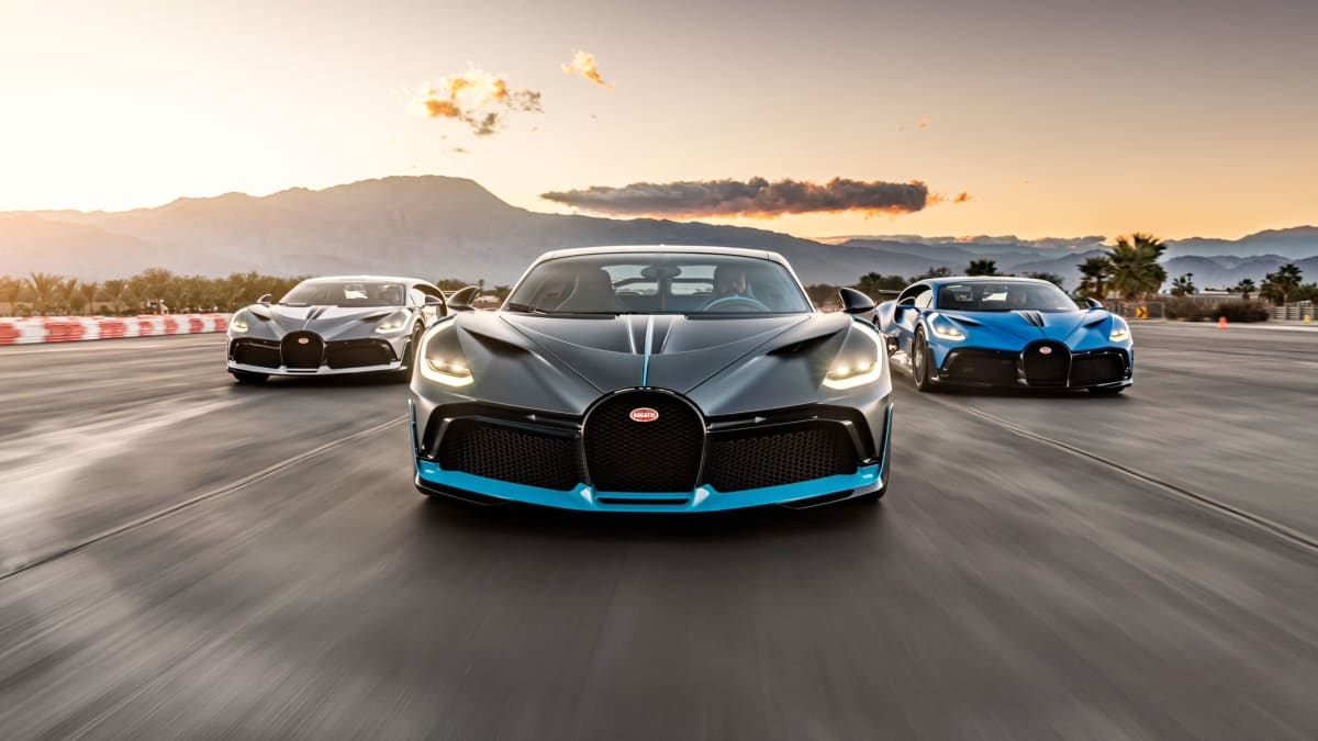 """Shortly before their delivery, the three US Divo customer vehicles meet at the racetrack """"The Thermal Club"""" in Palm Desert, California. © Robert Grubbs Photography"""