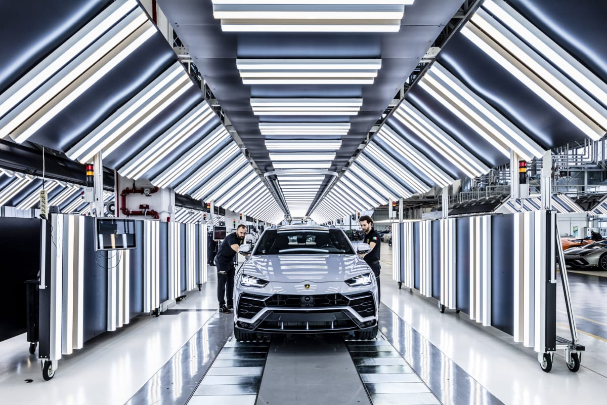 Lamborghini has produced the 10,000th Urus