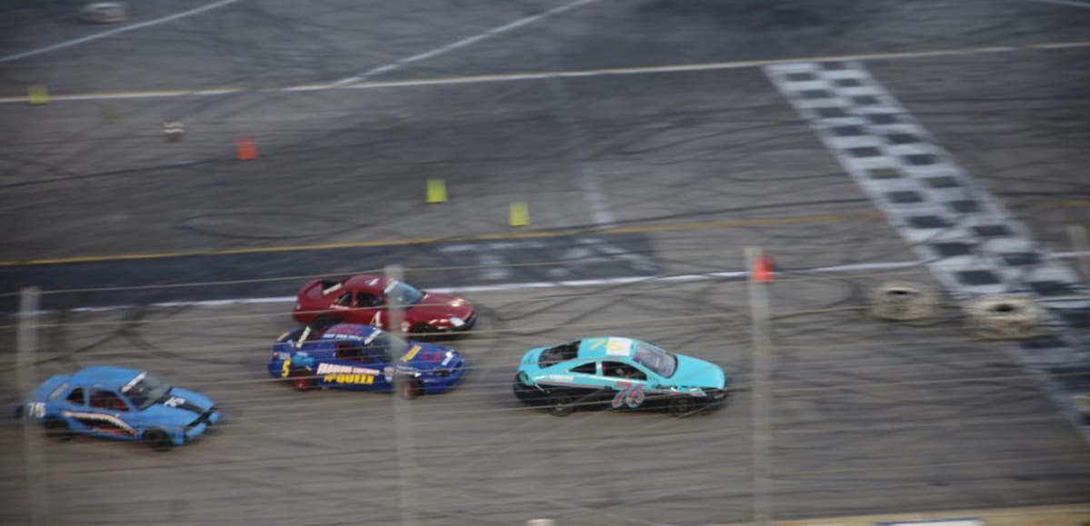 """The Fun-o-Meter went through the roof with the Figure 8 racing due to the many close-calls in the intersection, each one eliciting a stadium full of """"OOOOH!s"""" and """"WOAHs!!!"""""""