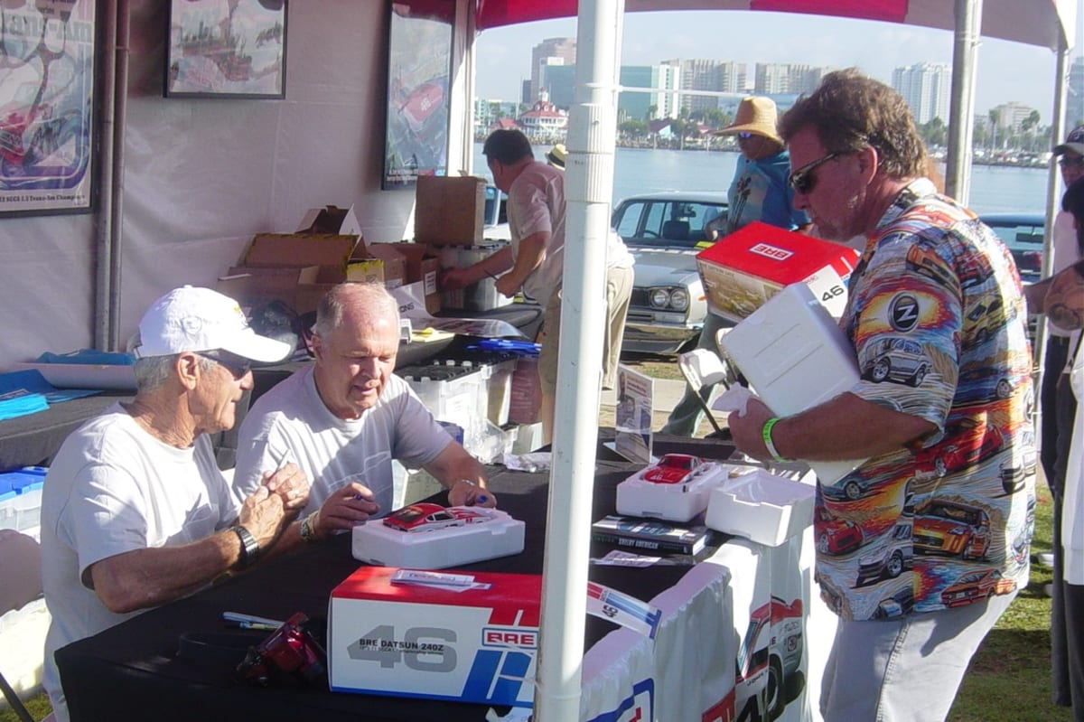 Brock and Morton at a JCCS event in Long Beach during a signing session. The lines are always long...
