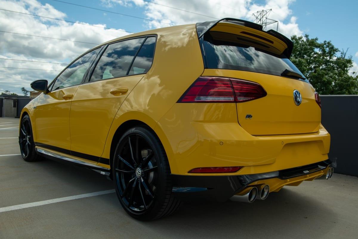 VW Spektrum Golf R in Ginster Yellow