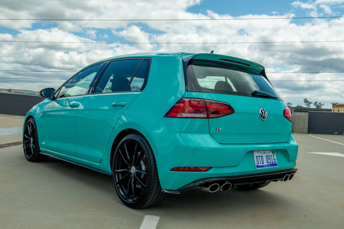VW Spektrum Golf R in Sarantos Turquoise