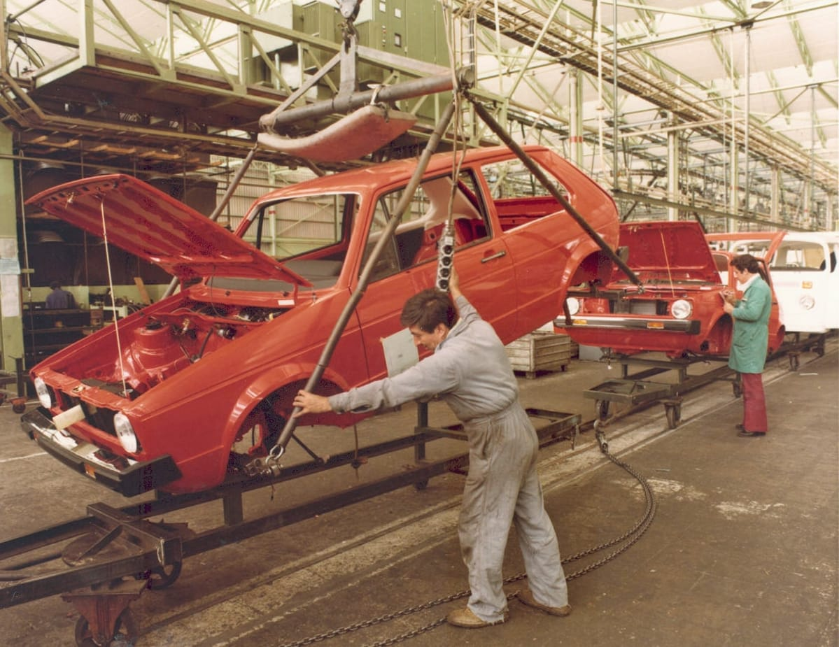 Golf MK1 and Type 2 production at the Puebla plant.