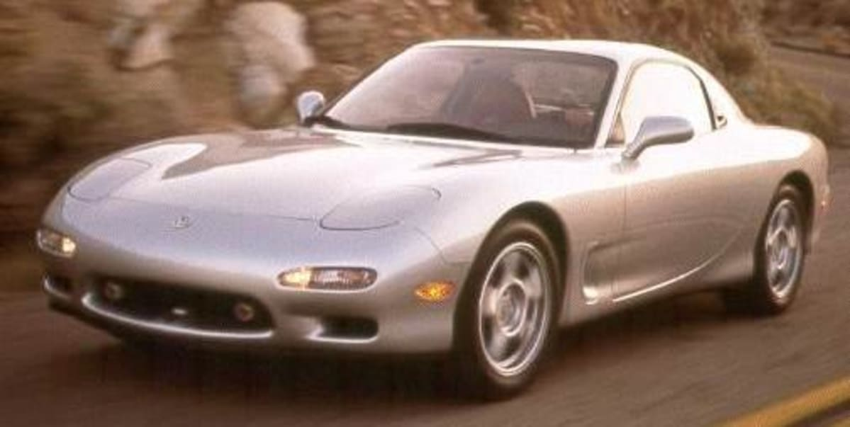 """The aerodynamics of the third generation Mazda RX-7 was worked out by computer simulations, including the so-called """"Aero-Wave"""" roofline which cut wind resistance and gave an overall low coefficient of drag of .29."""