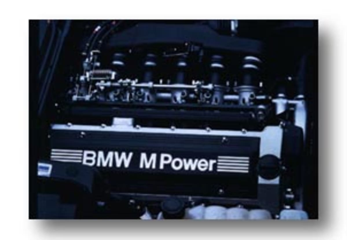 The M5's S38 in-line six engine