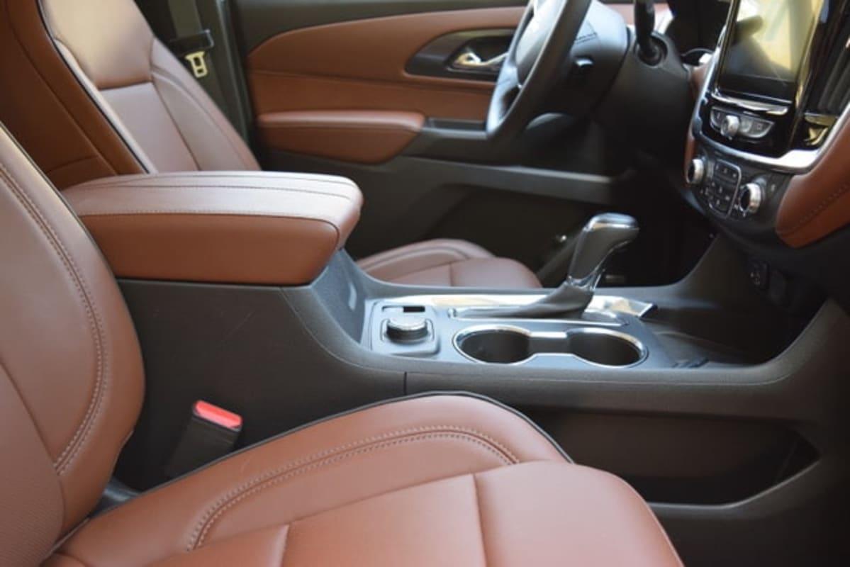 2020 Chevrolet Traverse High Country AWD interior