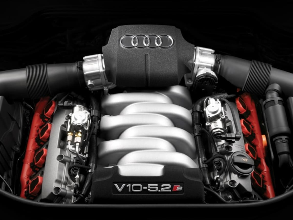 2007 Audi S8 engine. Photo by Audi
