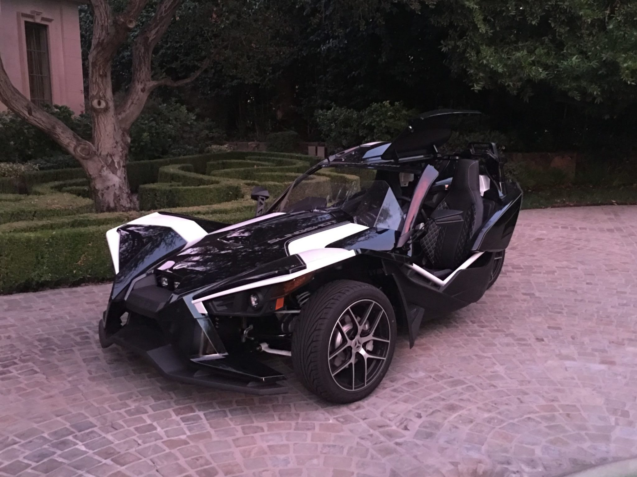 Polaris Slingshot Grand Touring front angle