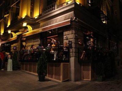 Pub in Asmalımescit