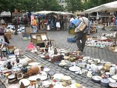 Vossenplein flee market