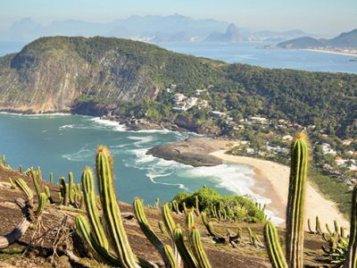 View of Itacoatiara Beach.