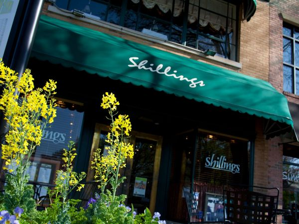 Shillings on the Square restaurant