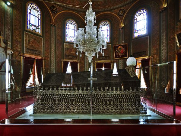 fatih sultan mehmets tombs