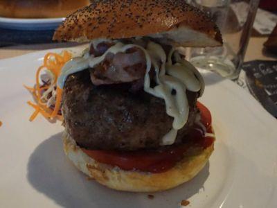 Real Artisanal Hamburger
