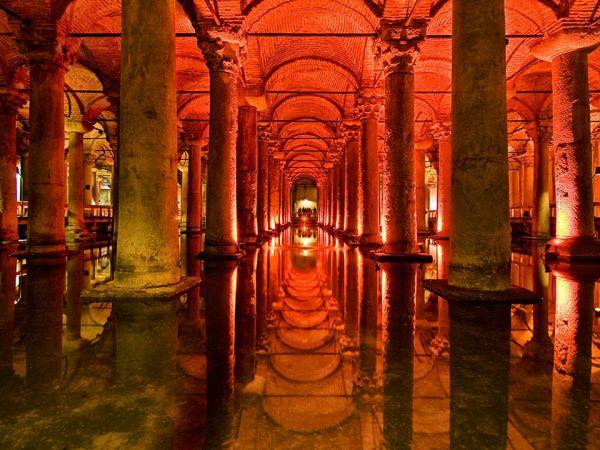 Yerebatan Sarnıcı (Basilica Cistern