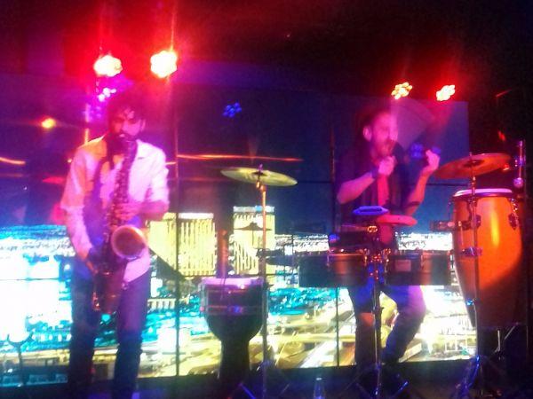 IVY Resto Lounge, Live Band