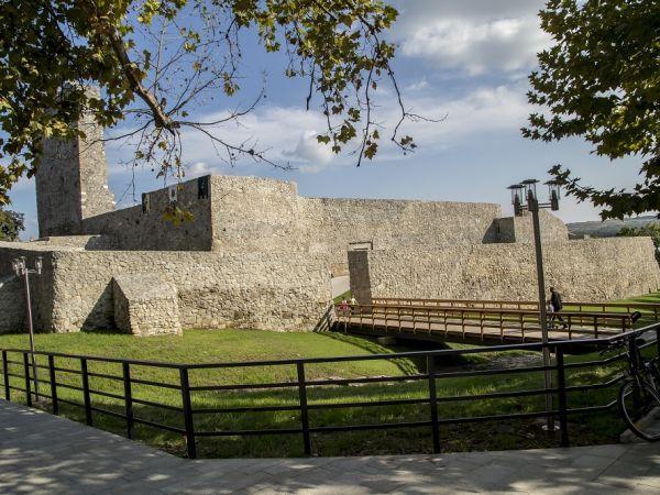 Cetatea drobeta 2000 year old
