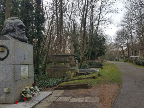 HighGate Mezarlığı'ndaki Karl Marx