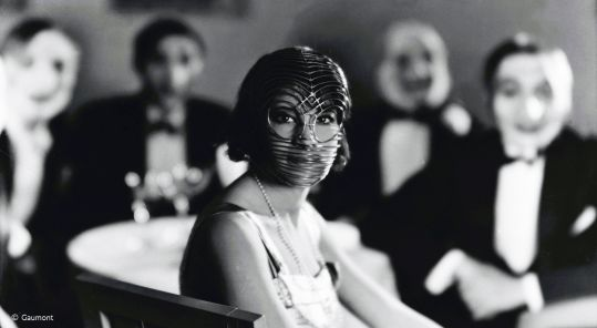 Still from the film Daïnah la métisse