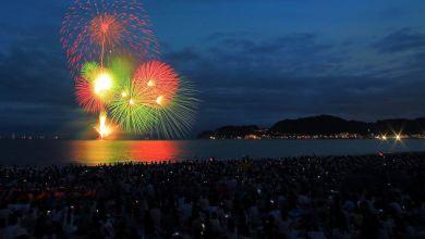 Photo of Lễ hội pháo hoa Kamakura (鎌倉花火大会) – màn biểu diễn pháo hoa trên mặt nước tuyệt đẹp