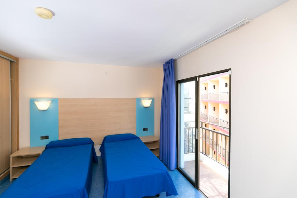 [APARTMENT (4 ADULTS)] Nice apartment city downtown with pool