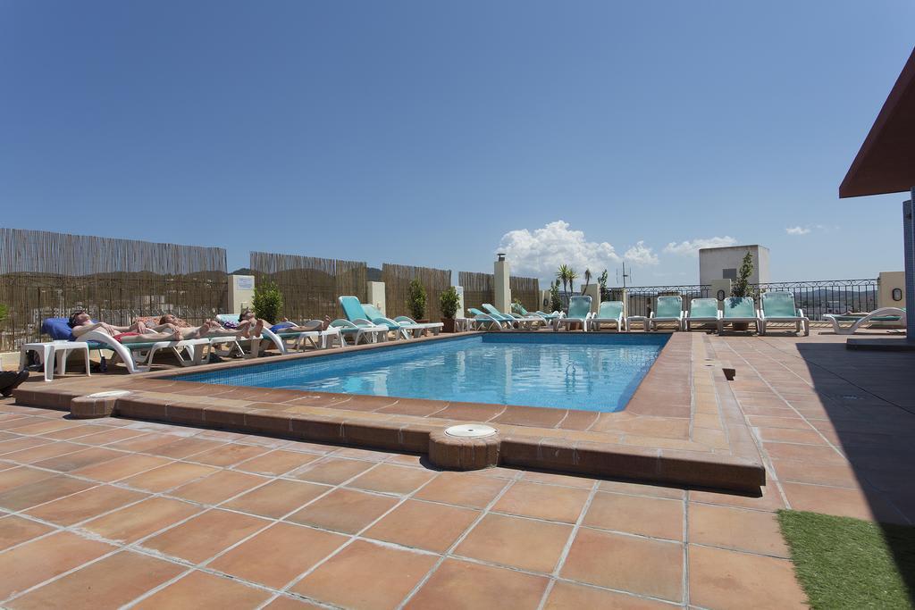 Cozy studios with cool swimming pool area in the center, SAN ANTONIO – Property Code: SCMAPTSA