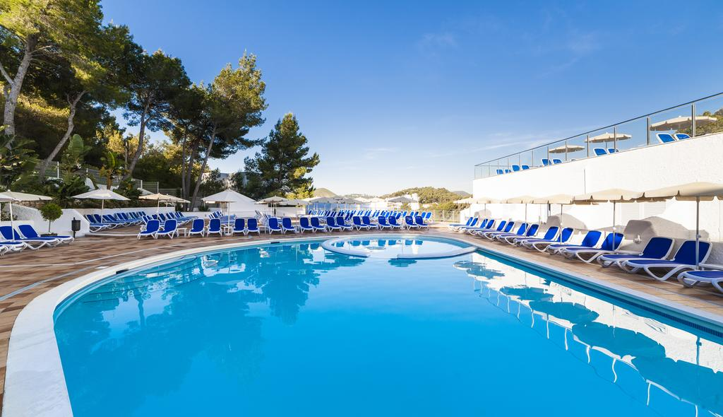 Familiar Holiday Complex of apartments with swimming pool, CALA LLONGA – Property Code: BGLSMTM