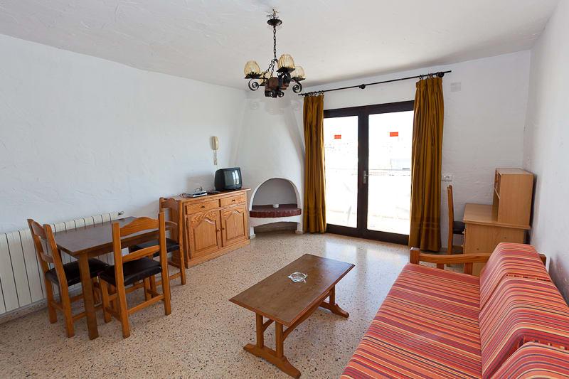 [STANDARD APARTMENT (5 GUESTS)] Quiet Sea View Holiday Apartment Cafè del Mar