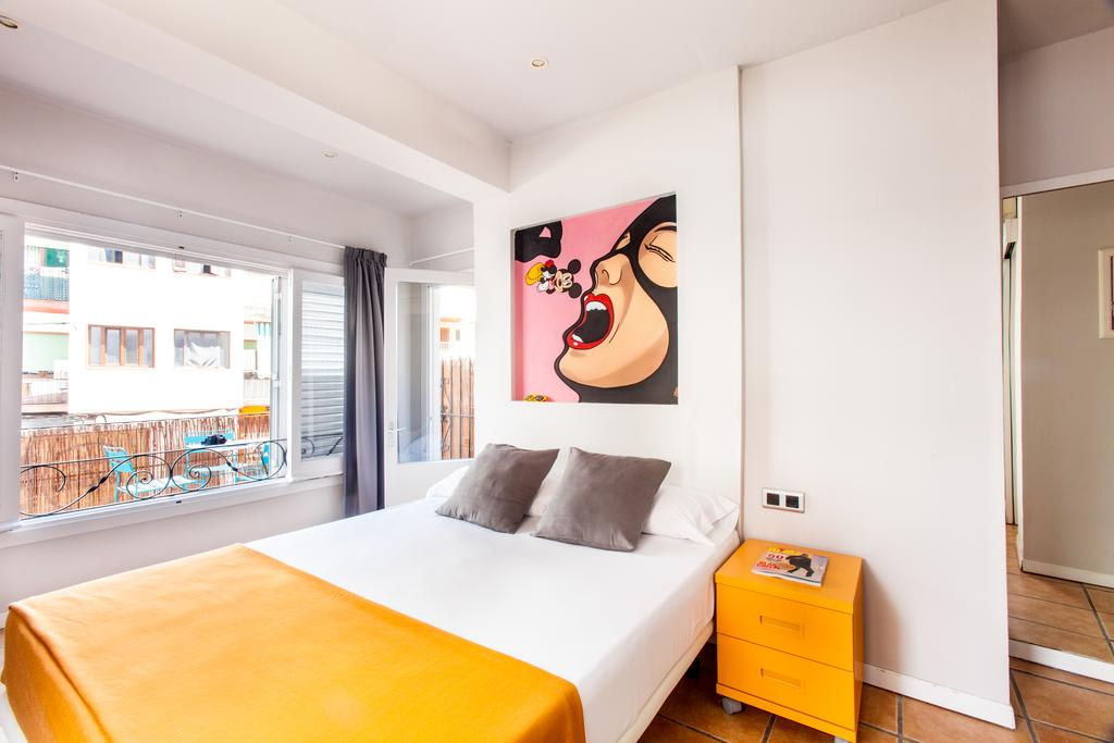Design modern Rooms in the heart of Ibiza Town, IBIZA – Property Code: Hst-Rypotkib