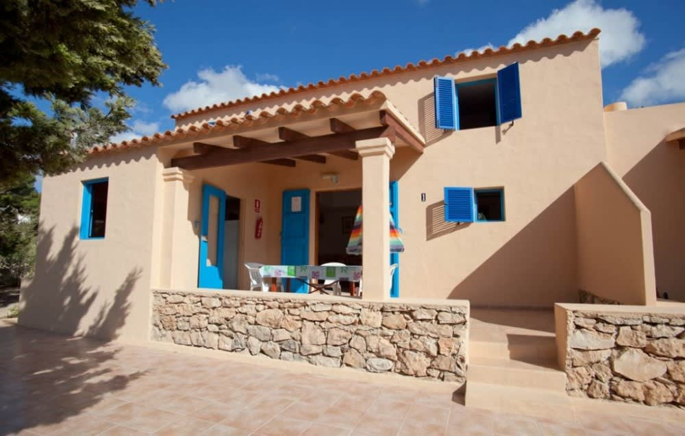 Large groups holiday apartment next to the most beautiful beach in Formentera, MIGJORN – Property code: Camtfor