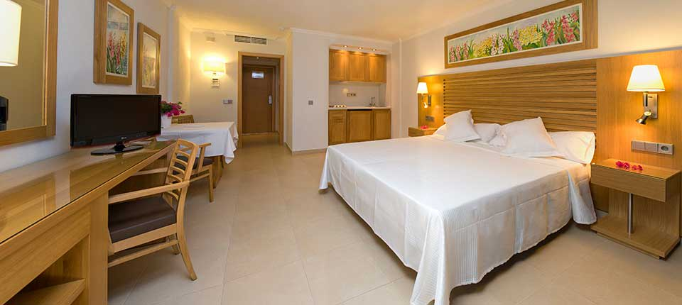 [STUDIO STANDARD 1 PAX] Luxury Playa den Bossa Ibiza Modern Holiday Studio Apartment