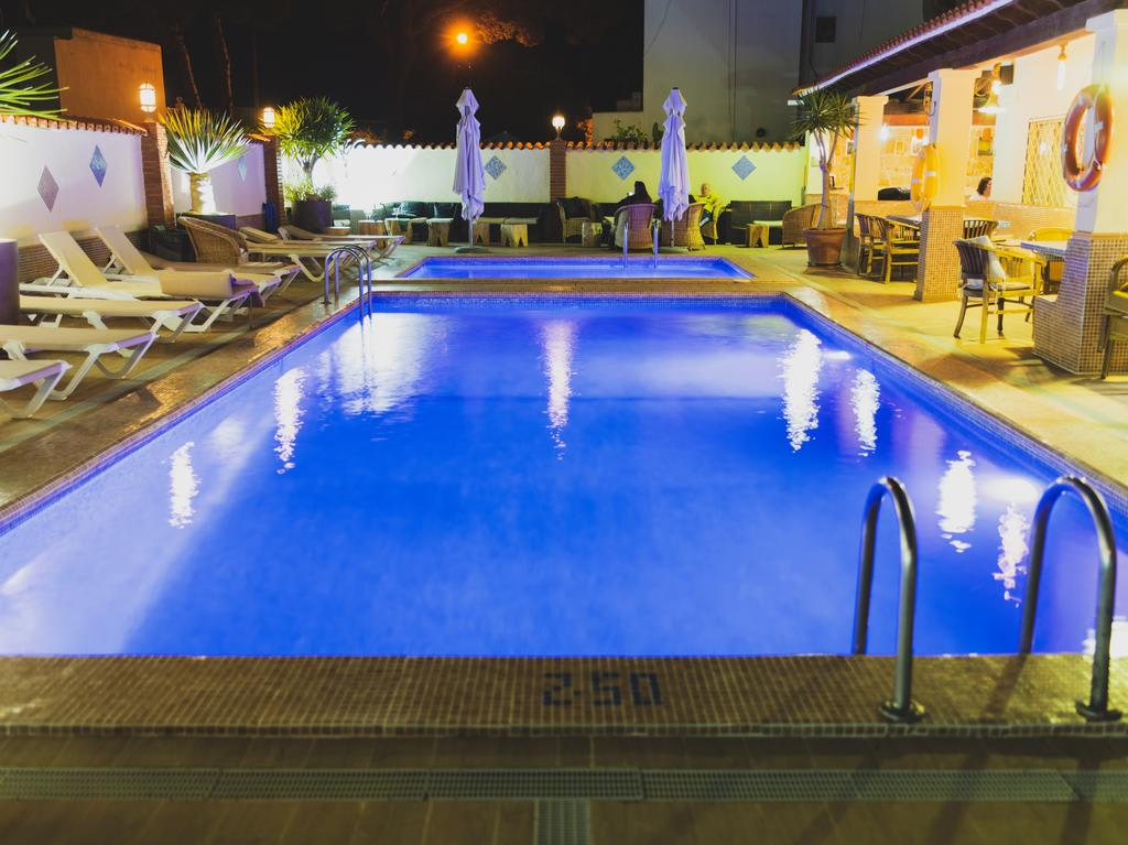 Elegant basic apartments with swimming pool, ES CANAR – Property Code: CTRAPSAN