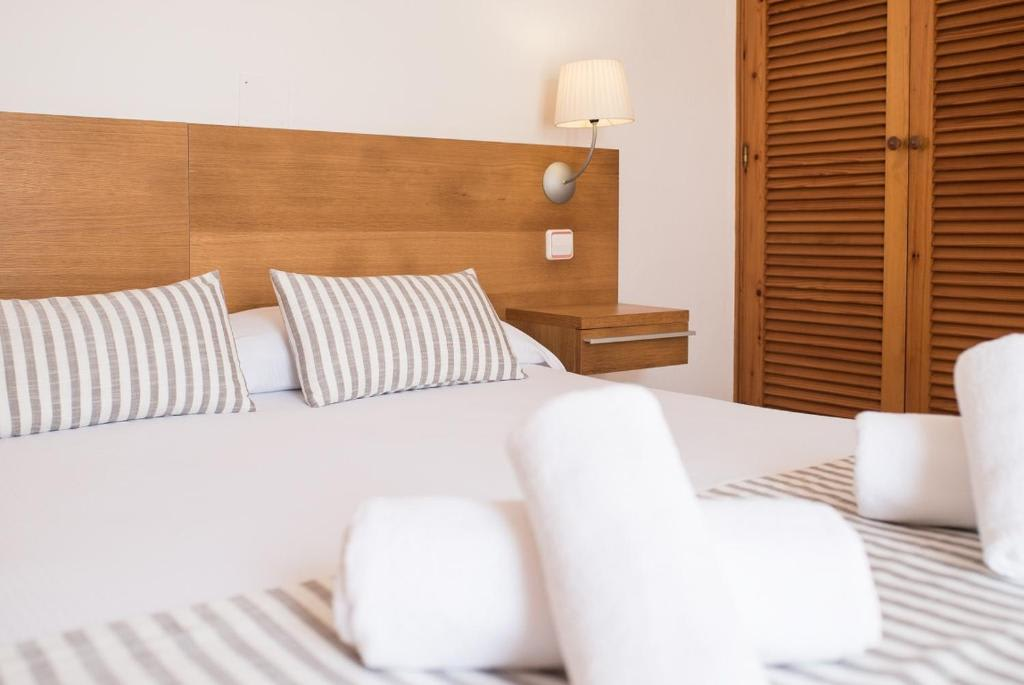 [STUDIO (2 ADULTS)] – Nice Basic apartments in Formentera, Playa Migjorn