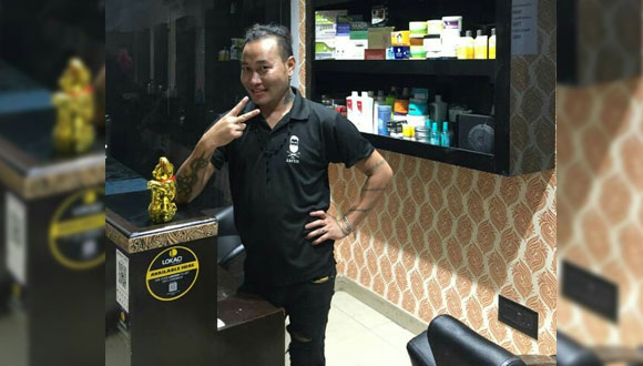 Felix-Lokaci-Salon-Stylist-Ramphal-Chowk