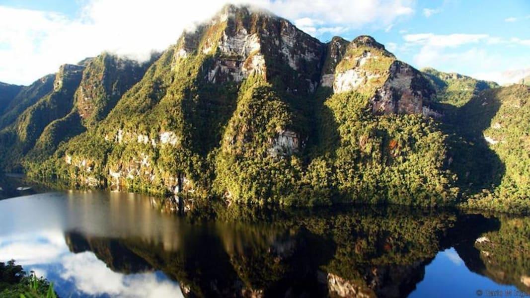 La Posada de Cuispes Cuispes Peru Condores Lagoon - reachable by an intense multi-day hike