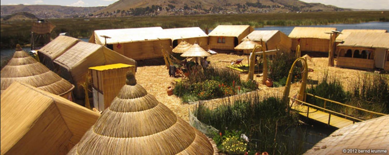 Uros Khantati Puno Peru
