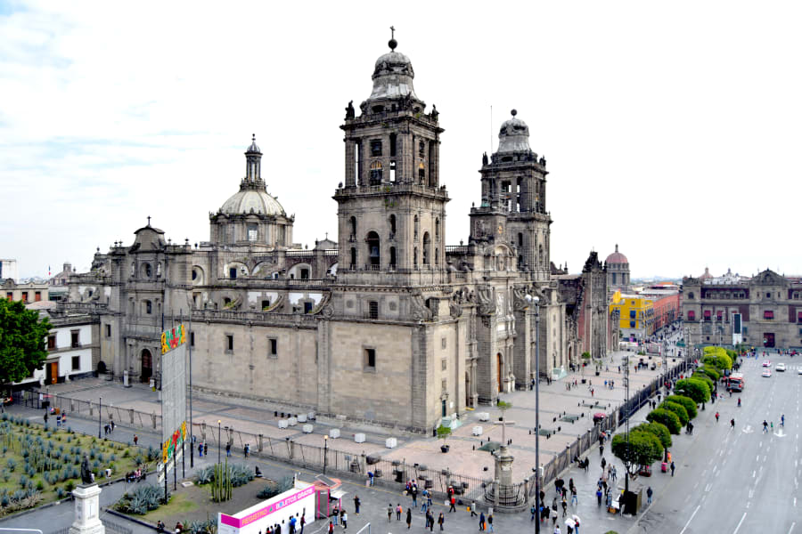 Totonal Viajes Mexico City to Oaxaca Coast: Culture, Biodiversity, and Art of Mexico Mexico City Mexico The Catedral Metopolitana in Mexico City