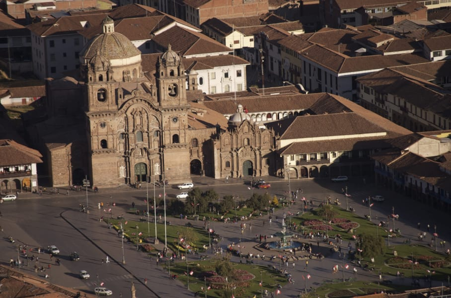 Cocla Tours Cusco, Valle Sagrado and Machu Picchu Tour Cusco Peru Central Plaza in Cusco